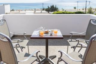 ariadne seaside hotel naxos
